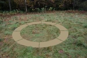circle grass - close no white